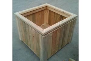 防腐木适合做花箱吗?