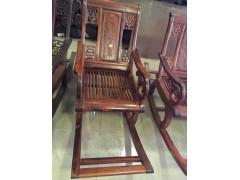 蛇纹木摇椅家具