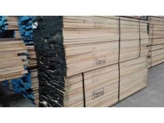 白腊木板材