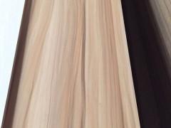 优质水曲柳山纹木皮、直纹木皮批发