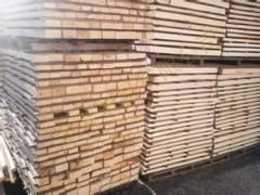 根据客户订单生产加工樟子松.落叶松各种规格防腐材 质量保证