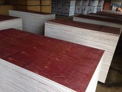 一手货源 二次成形建筑模板 建筑覆膜板  重量轻密度实