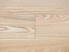 自产自销 多层实木地板 健康环保 经久耐用