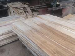 渭南市鲁鑫木材加工厂专业生产桐木板材,杂木板材,长期批发供应