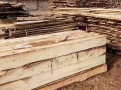 专业生产各种规格杨木制品,杨木方条,杨木板材等