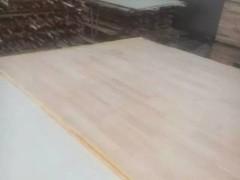 专业生产立铺条子,板表板应光滑、无缺陷,如无死结、挖补
