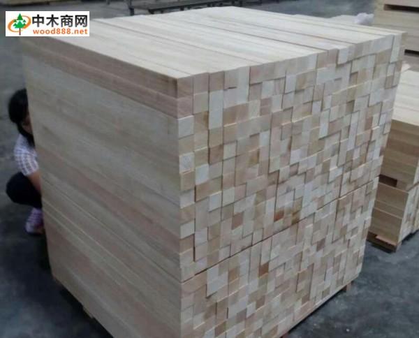 2016年12月5日广东九江木材夹板市场泰国橡胶木规格