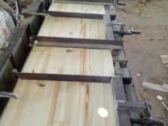 1.05厚三拼板出售广西南宁永红木场板材加工厂大量加工出售