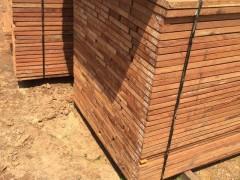 太平洋木业小斑马烘干板材各种规格大量批发认准张家港板材