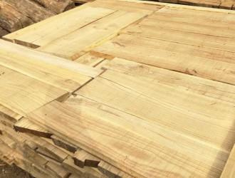 湖南森达木材加工厂常年生产红椿实木板