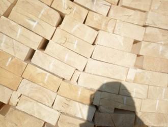 黑龙江三峡木业专业生产俄罗斯樟子松,白松,落叶板材