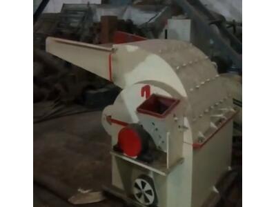 创一机械多功能木材粉碎机 (62播放)