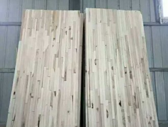 山东菏泽森林木业专业生产杨木两拼芯板烘干板材热压杨木大板芯
