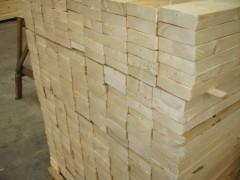 山东普实木业厂家直销优质白松木龙骨厂家联系方式