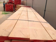 美国红橡实木板材最新行情走势报价山东青岛板材厂家最新行情报价