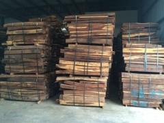 巴拿马微凹黄檀(南美红酸枝)颜色鲜艳尽在上海吾行木业