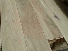 厂家直销核桃木实木地板,多层地板,花色齐全,质优价廉