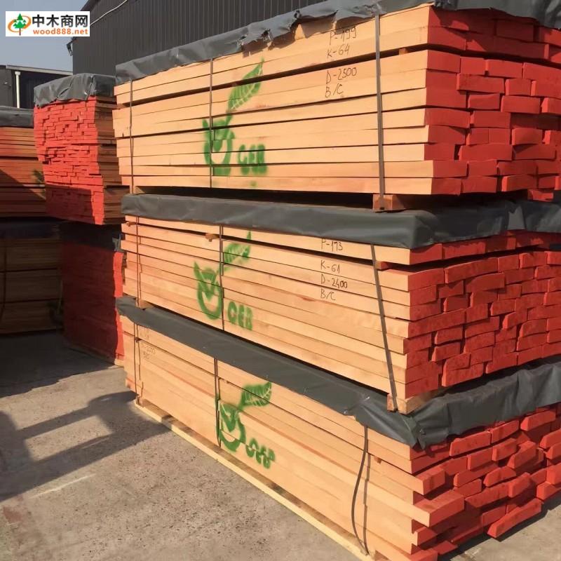 首页 产品展示 实木板批发 进口实木板材 榉木到柜了,这么好的材料就