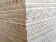 徐州苏力德木业出售杨桉多层三胺基材,厚度5-25厘
