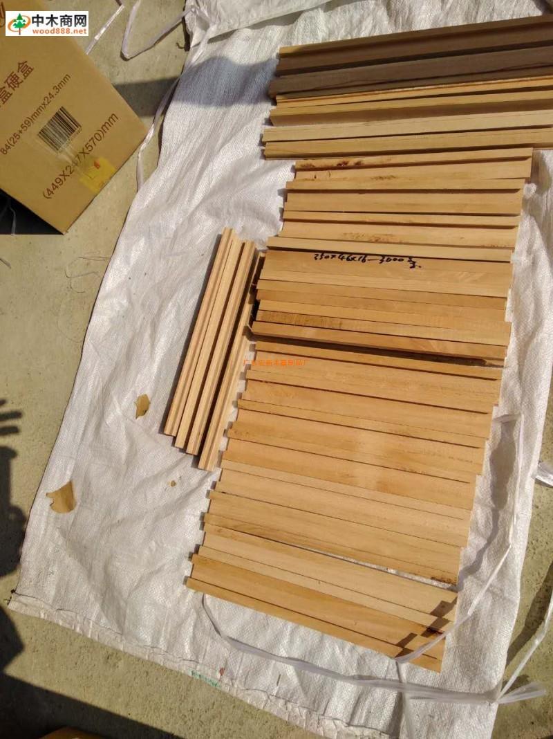 衣杆、香樟扁方、木肖、圆条实木家具配件