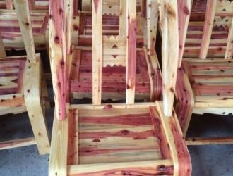 香柏木椅子