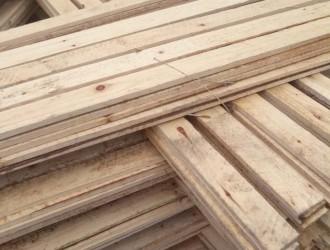 云南蒙仕福木材加工厂--杉木