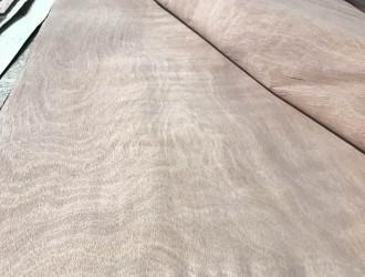 临沂华源木业--克隆旋切木皮