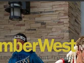 加拿大木材第二大出口商TIMBERWEST公司来太仓局港办交流木材短少问题