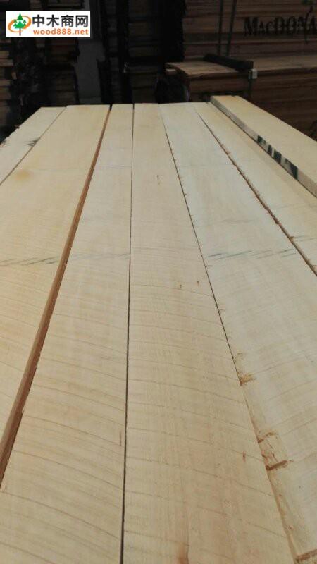 美国椴木板材图片