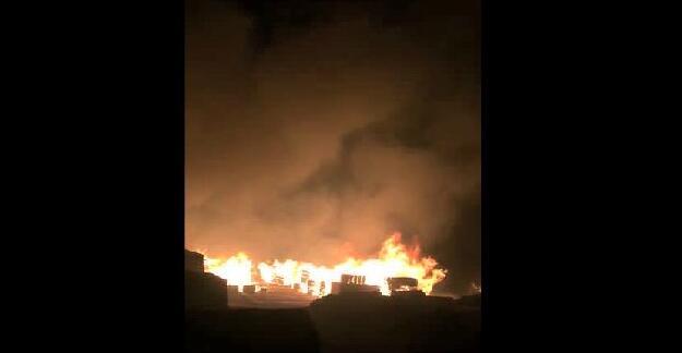 【突发大火】满洲里木材突发大火,将对中国木材市场产生不可估量的影响