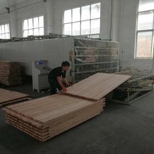 中瀚拼板厂直拼板从选料到加工,每一步都都是精心制作