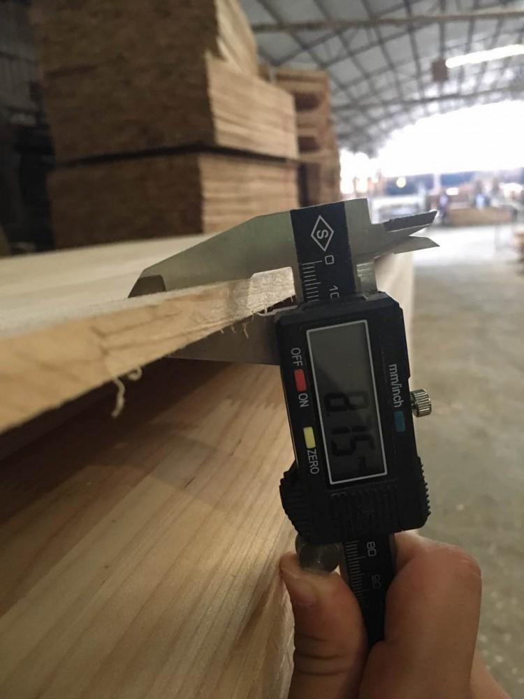 旧料杉木指接板,8厘板2.2*1.22。2.44*1.22