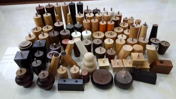 供应各种规格沙发脚 实木沙发脚  方形沙发脚  可定做