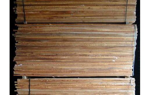 樟子松锯木板材