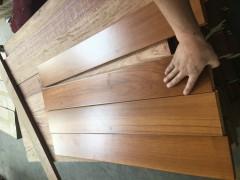 缅甸柚木锯切薄板