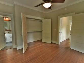 你家卧室门要选了这颜色,千万要珍惜,寿命变长、越住财运越旺!
