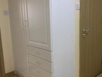 衣柜边上装搁架,好实用,还美翻了!
