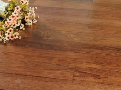 实木复合木地板好啊,还是纯实木地板好?哪个更环保经济一些