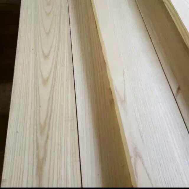 白椿木烘干板材木纹