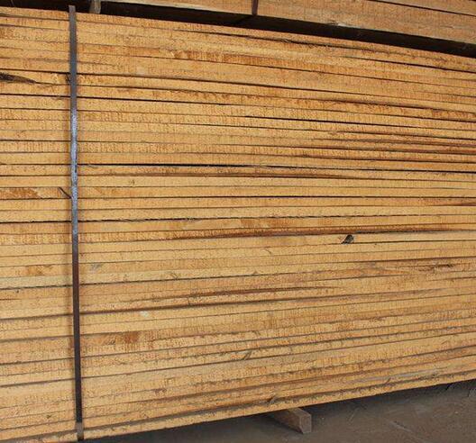 榆木烘干板材图