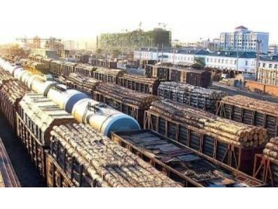 国内市场木材需求增大 黑河口岸板材进口量价齐增