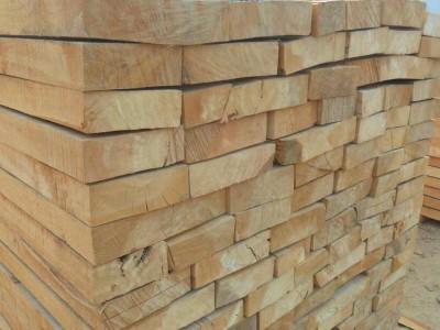 请教白杨木板材自然干燥好,还是烘干好