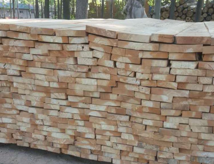 杨木烘干板的优点介绍