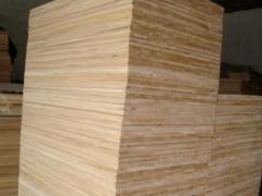 厂家热销杨木指接条 大量供应高档优质上色性好实木板材