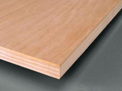 胶合板属于密度板吗?