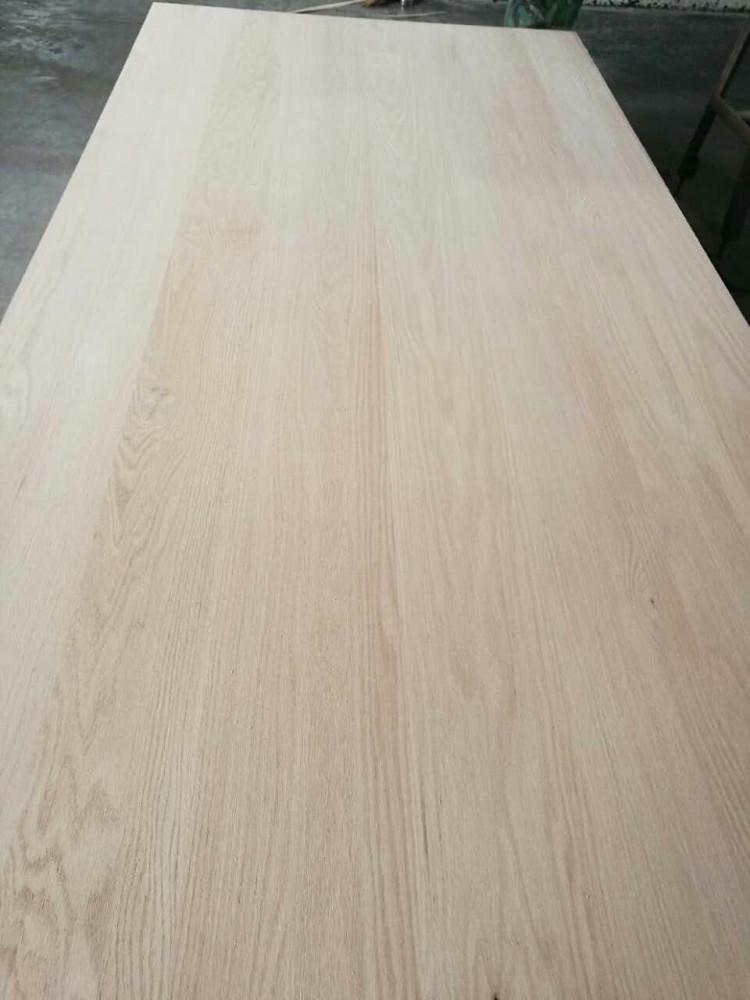 红橡直拼板是用红橡木板拼接而成的板材