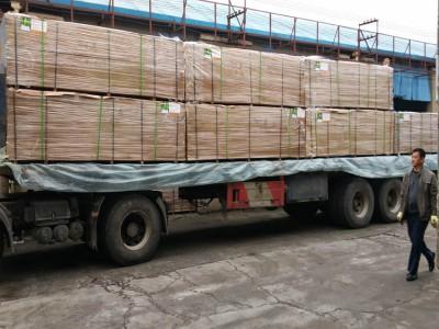 供应加长密度板3.6米加长中纤板1220*3660*15环保