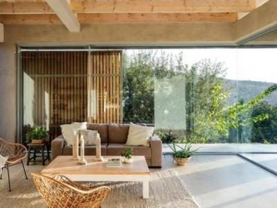 木质温馨的小别墅
