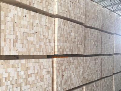 建筑模板和方木的价钱以及规格