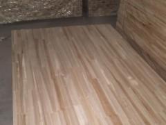 杉木指接板 1.2厘板2.2*1.22两面砂光,齐边齐头